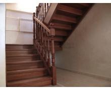 Лестницы из ясеня поселок «Ерино»