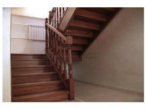 """Лестницы из ясеня поселок """"Ерино"""""""