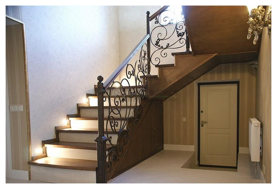 Из чего складывается стоимость изготовления деревянной лестницы